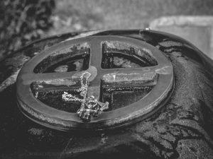 Solhjul og Thorshammer af Søren Kruse