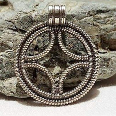 Solhjul i sølv - Forn Sidr Handelsplads